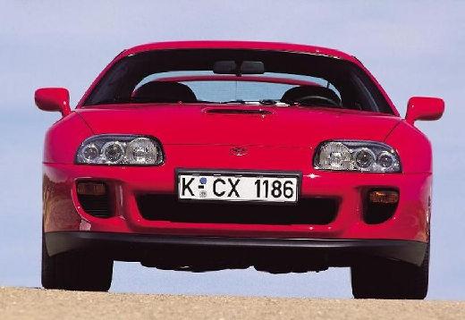 Toyota Supra coupe czerwony jasny przedni