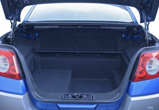 RENAULT Megane CC kabriolet przestrzeń załadunkowa