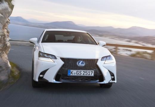 LEXUS GS V sedan biały przedni
