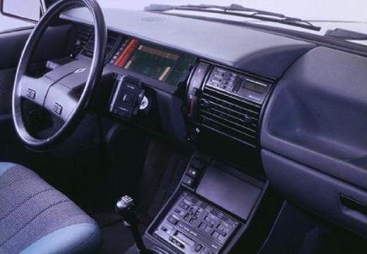 RENAULT R11 hatchback tablica rozdzielcza