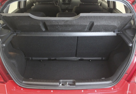 CHEVROLET Aveo II hatchback przestrzeń załadunkowa