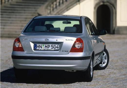 HYUNDAI Elantra II sedan silver grey tylny prawy