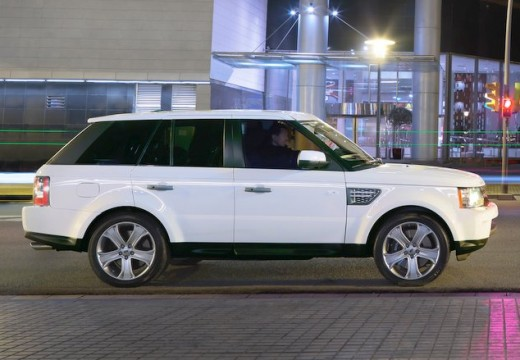 LAND ROVER Range Rover kombi biały boczny prawy