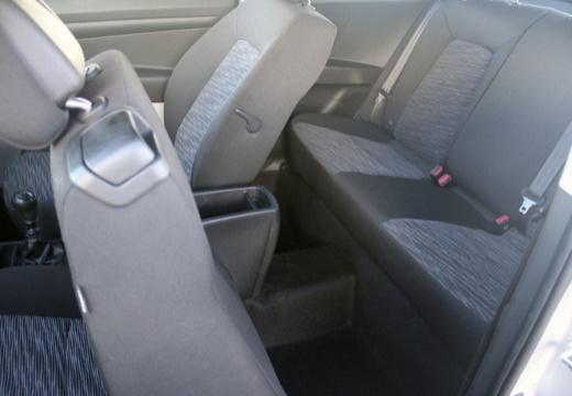 KIA Ceed Proceed II hatchback wnętrze
