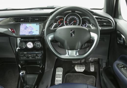 CITROEN DS3 kabriolet czarny tablica rozdzielcza