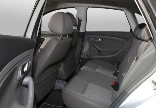 SEAT Ibiza IV hatchback wnętrze