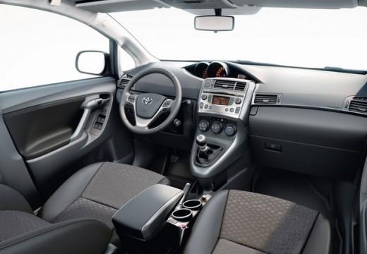 Toyota Verso I kombi mpv tablica rozdzielcza