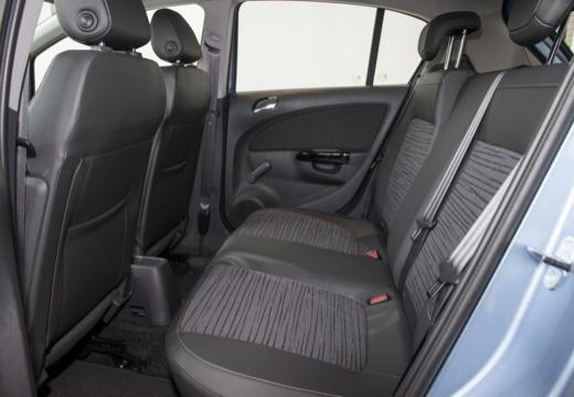 OPEL Corsa D II hatchback niebieski jasny wnętrze