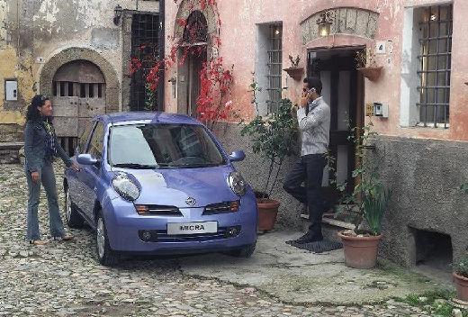 NISSAN Micra V hatchback niebieski jasny przedni prawy