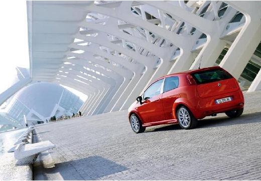 FIAT Punto Grande hatchback czerwony jasny tylny lewy