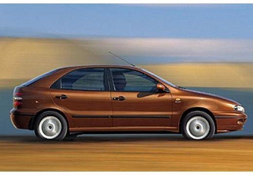FIAT Brava hatchback boczny prawy