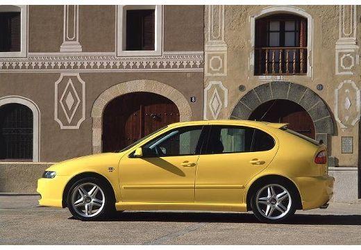 SEAT Leon I hatchback żółty boczny lewy