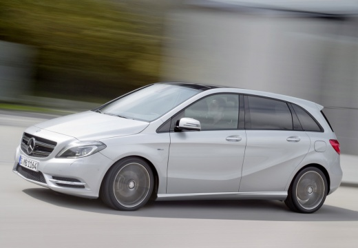 MERCEDES-BENZ B 180 CDI BlueEff. Edition Hatchback III 1.5 109KM (diesel)