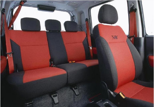 OPEL Agila II hatchback wnętrze