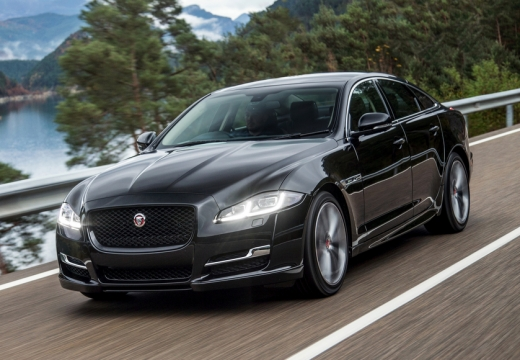 JAGUAR XJ 3.0 D V6 Luxury Sedan VII 300KM (diesel)