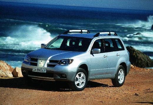 MITSUBISHI Outlander 2.0 Comfort 4WD Kombi I 136KM (benzyna)