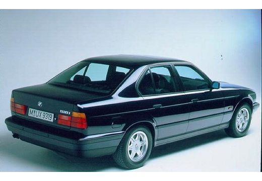 BMW 530i V8 aut Sedan E34 3.0 218KM (benzyna)