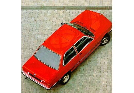 BMW Seria 3 E21 sedan czerwony jasny górny tylny