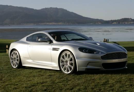 ASTON MARTIN DBS coupe silver grey przedni prawy