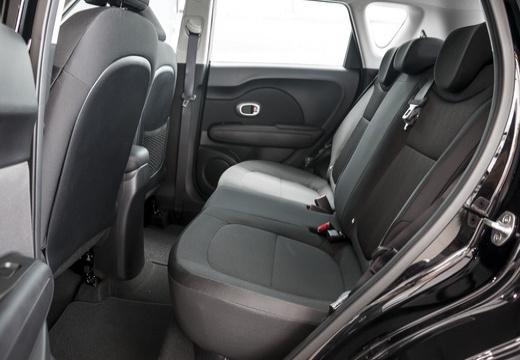 KIA Soul III hatchback wnętrze