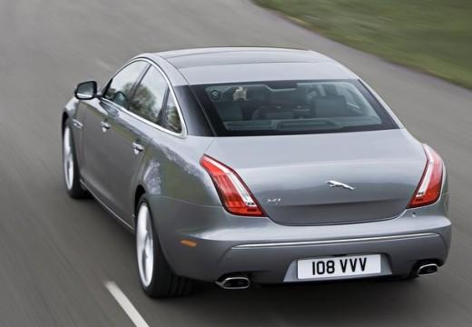 JAGUAR XJ VI sedan silver grey tylny lewy