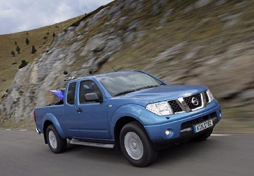 NISSAN Navara II pickup niebieski jasny przedni prawy