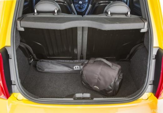 ABARTH 500 hatchback żółty przestrzeń załadunkowa