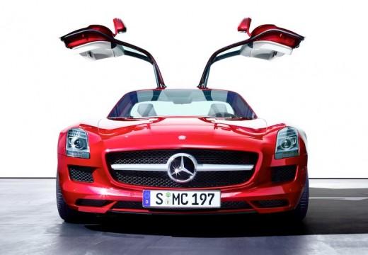 MERCEDES-BENZ SLS coupe czerwony jasny przedni