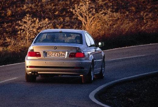 BMW Seria 3 coupe silver grey tylny prawy