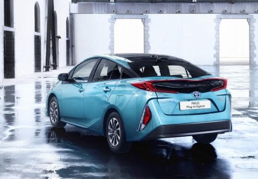 Toyota Prius hatchback niebieski jasny tylny lewy