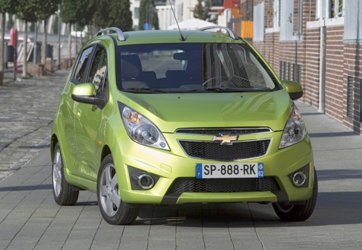 CHEVROLET Spark 1.0 LS+ Design Hatchback II 68KM (benzyna)