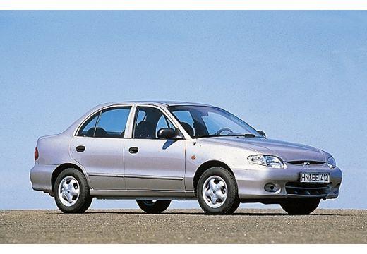 HYUNDAI Accent sedan silver grey przedni prawy