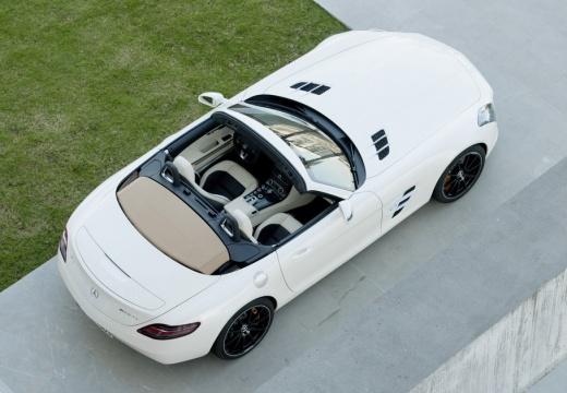 MERCEDES-BENZ SLS AMG roadster biały tylny prawy