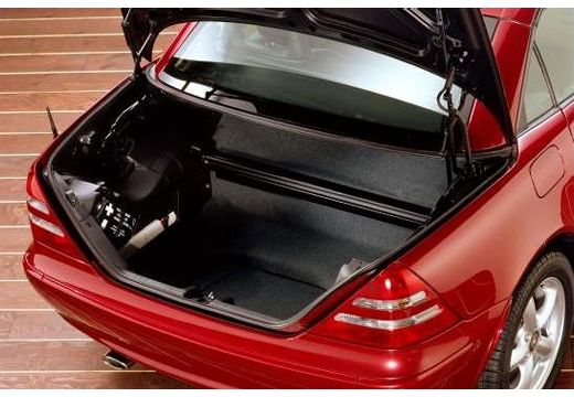 MERCEDES-BENZ Klasa SLK SLK R 170 kabriolet bordeaux (czerwony ciemny) przestrzeń załadunkowa
