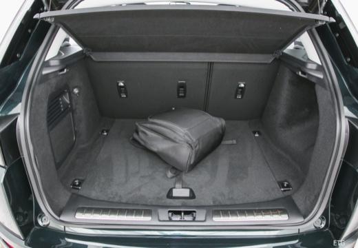 LAND ROVER Range Rover Evoque II kombi czarny przestrzeń załadunkowa