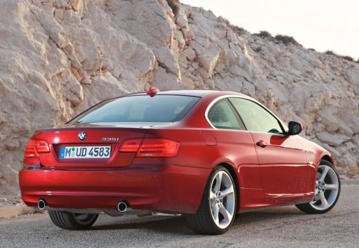 BMW Seria 3 E92 II coupe czerwony jasny tylny prawy