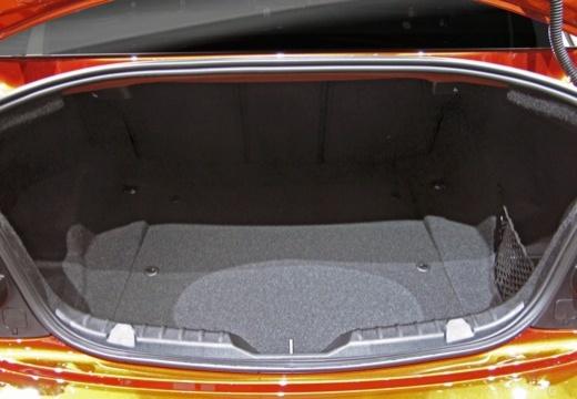 BMW Seria 2 F22 II coupe przestrzeń załadunkowa