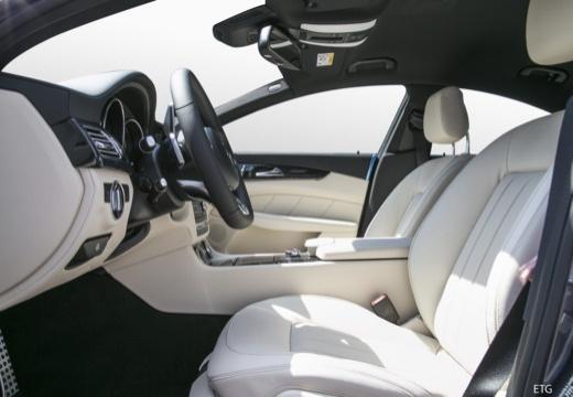 MERCEDES-BENZ Klasa CLS sedan wnętrze