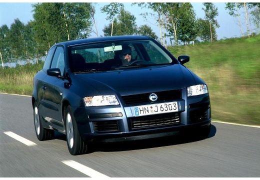 FIAT Stilo II hatchback czarny przedni prawy