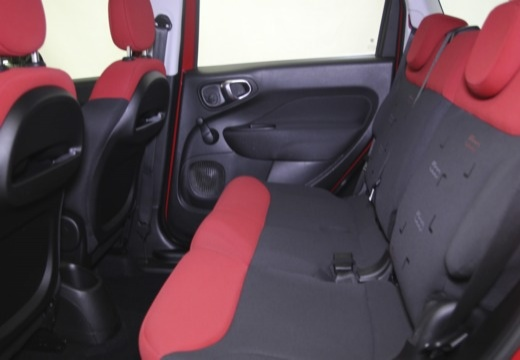 FIAT 500 L I hatchback wnętrze