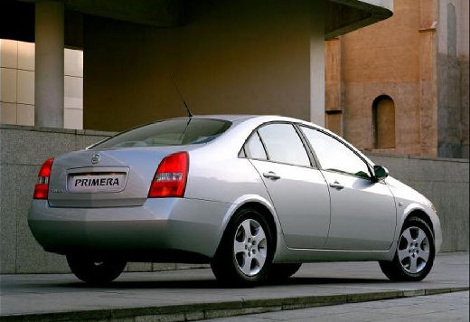 NISSAN Primera V sedan silver grey tylny prawy
