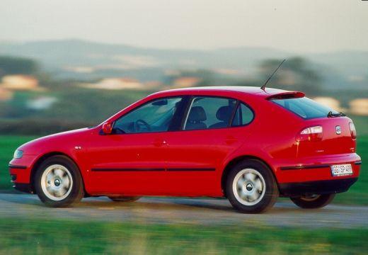SEAT Leon I hatchback czerwony jasny tylny lewy