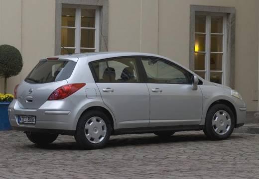 NISSAN Tiida II hatchback silver grey tylny prawy