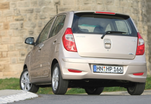 HYUNDAI i10 II hatchback silver grey tylny lewy