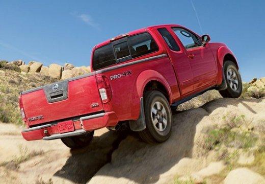 NISSAN Frontier pickup czerwony jasny tylny prawy
