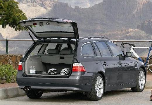 BMW Seria 5 Touring E61 I kombi szary ciemny tylny prawy