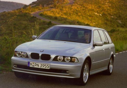 BMW Seria 5 Touring E39/4 kombi silver grey przedni prawy