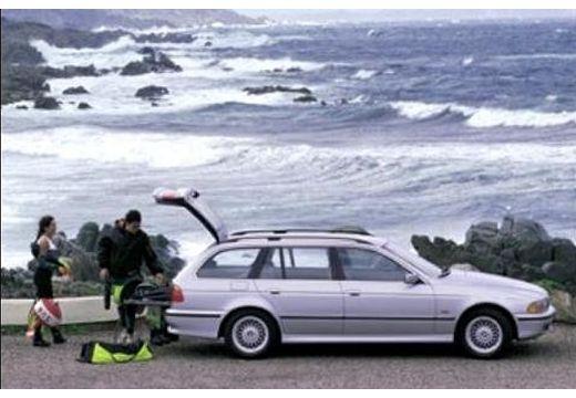 BMW Seria 5 Touring E39/4 kombi silver grey boczny prawy