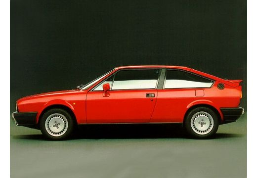 ALFA ROMEO Sprint Coupe
