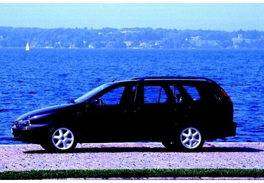 FIAT Marea Weekend kombi czarny boczny lewy
